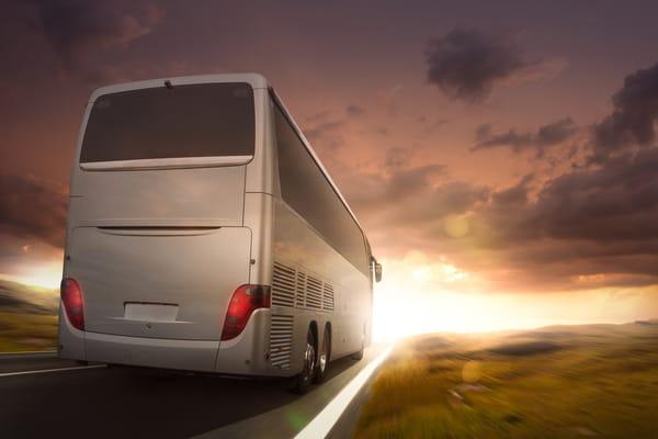Hyra buss Stockholm – åk till utflyktsmålet tillsammans